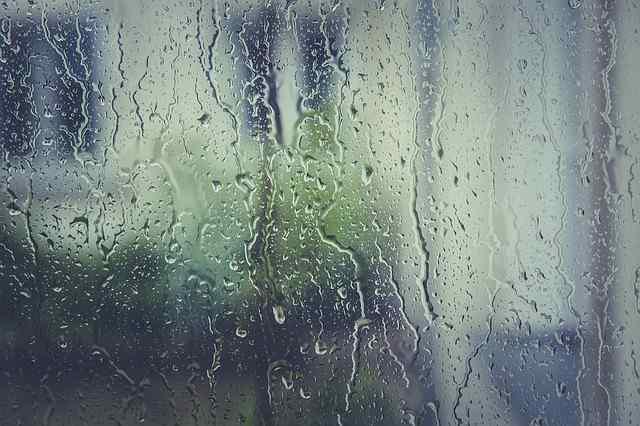 rain-stoppers-1461288_640-1.jpg